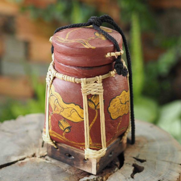 Hand painted Rice Storage Decorative Container From Thailand Perfect Asian Gift 02 600x600 - Thai Rice Basket made of Bamboo Tropical Plant Inspired